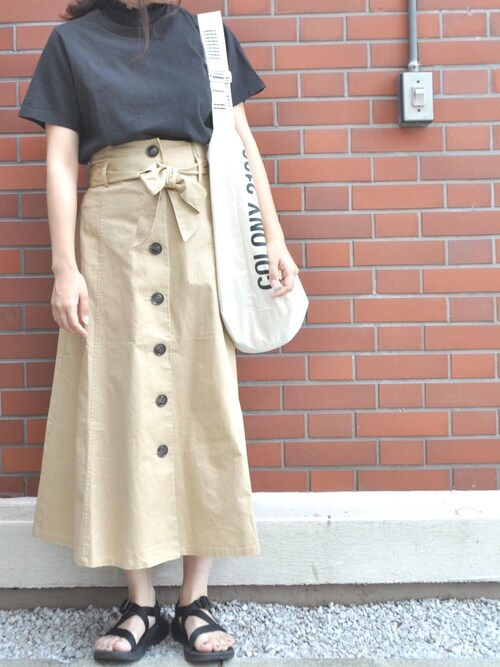 COLONY2139SAMOTO SHIZUKAさんのTシャツ/カットソー「16/−リサイクル天竺クルーネックTシャツ(COLONY 2139|コロニートゥーワンスリーナイン)」を使ったコーディネート