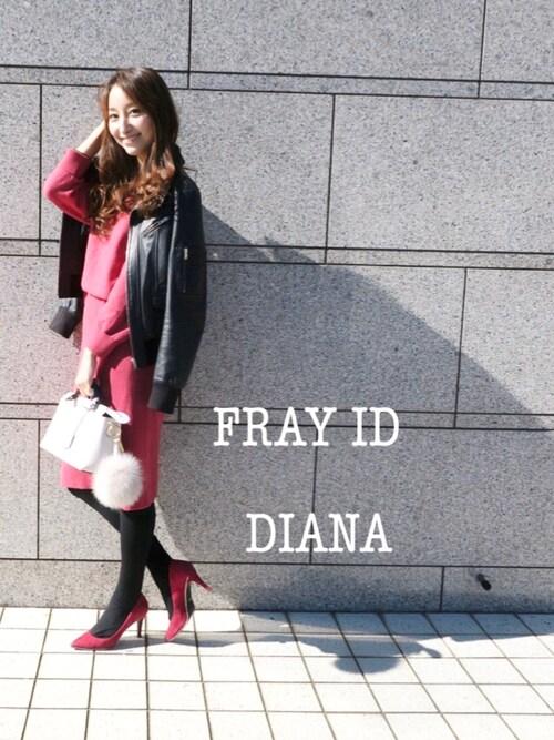 rika.oyaさんの「バッククロスタイトワンピース(FRAY I.D)」を使ったコーディネート
