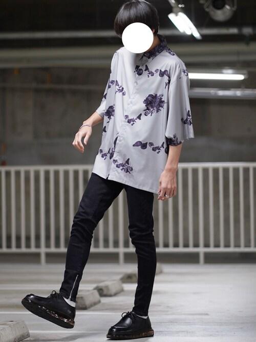 なおゑさんの「オーバーサイズ 総柄 半袖シャツ【ファッションインフルエンサー ユウ×anown 限定コラボ】(anown)」を使ったコーディネート