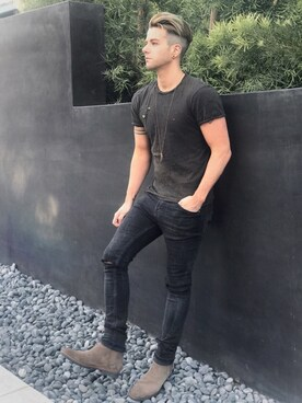 Arthur Bedran is wearing ZARA MAN