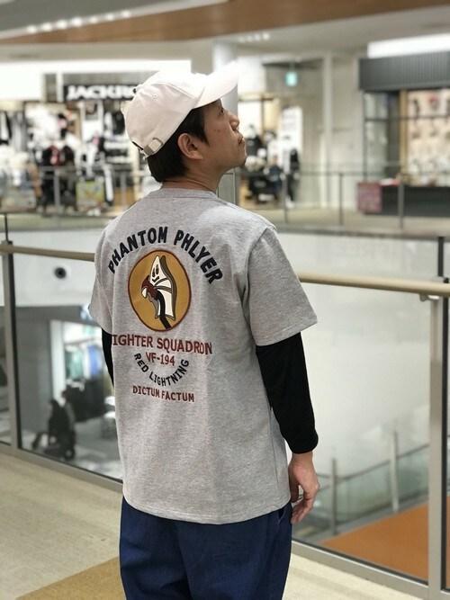 AVIREX ララポートEXPOCITYMatushitaさんのTシャツ/カットソー「AVIREX/アヴィレックス/刺繍 T-シャツ/EMBROIDERED T-SHIRT PHANTOM PHLYER(AVIREX アヴィレックス)」を使ったコーディネート