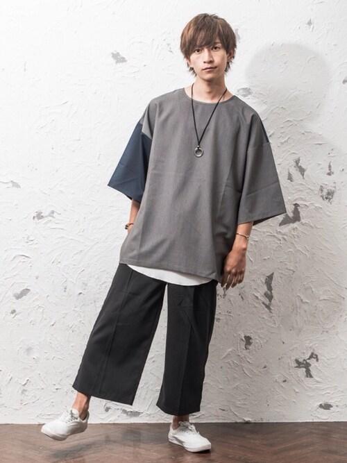 MinoriTYREONさんのシャツ/ブラウス「ビッグシルエット バイカラープルオーバー 切り替え 配色(MinoriTY|マイノリティ)」を使ったコーディネート