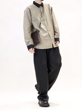Confirm ILL'S KYOTO店 コンファーム・イルズ・フロウリッシュ KYOTOさんのシャツ/ブラウス「【ZOZOTOWN限定】Confirm / コンファーム TR 長袖ビッグクレリックシャツ(Confirm コンファーム)」を使ったコーディネート