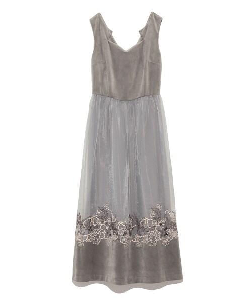 Lily Brown(リリーブラウン)の「刺繍シースルーロングドレス